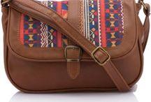Bayan Canta / Bayan çanta modellerinde ŞOK İndirimler https://modasto.com/kadin-aksesuar-taki-canta-valiz/ct439  öncü markaların birbirinden şık ve kaliteli ürünleri 20 TL den başlayan fiyatlarla sizleri bekliyor