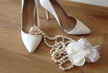 Fashion / White shoes