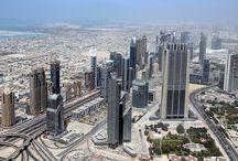 Dubaj / Dubaj - město mrakodrapů, módy a především ukázka toho, jak se z ropy dělají peníze.