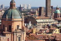 Bologna / Stedentrip Bologna. Wil je een bijzondere stedentrip Italié maken? Op naar Bologna, het is hier echt genieten. Op board vind je alle inspiratie. Check ook >> http://mooistestedentrips.nl/stedentrip/bologna