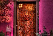 Doors That Beg to be Opened / Great doors around the world.