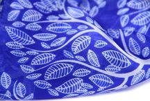 Etole en soie bleu