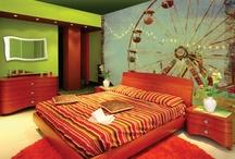 Em bedroom ideas / by Katie Sadler