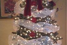 Karácsonyfák dekorálása