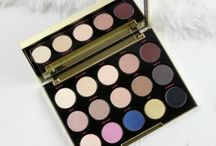 Eyeshadow Palettes / Eyeshadow palettes you need in your life!