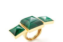 cool jewelry / by Patricia Cameron