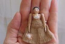 Dolls, muñecas