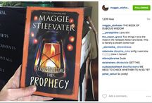 Instagram Book Marketing Examples / These are great examples of authors and publishers using Instagram to market themselves and their books.