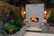 Tuin | Inspiratie tuinhaarden - vuurkorven / Inspiratiebeelden voor warmte in de tuin. Haarden, vuurkorven en andere eigentijdse en eigenwijze ideeën om 's avonds nog lekker lang van de tuin te kunnen genieten.
