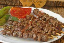 Et yemekleri soslu