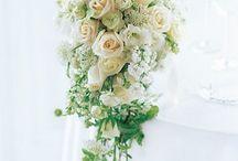 Wedding Flowers/Centerpieces / by Natalie Hernandez Pachon