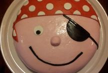 Home made birthsday cake / deze taarten heb ik zelf gemaakt. En ze waren heerlijk.