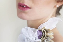 Corsages / by Bodas / revista