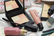 Pro Makeup Artist Beauty Advice (Daniel Sandler)