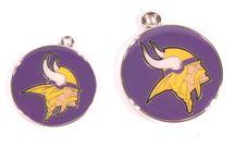 Minnesota Vikings Dogs / Minnesota Vikings Dog Collar: Clothes, Apparel, Lead & ID Tags - Hot Dog Collars