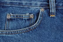 Real Reason Behind Tiny Pocket / We bet you don't know, but did you ever try thinking why your jeans have that additional fifth pocket? Is it even required. What can you keep in it. It is more of a style now to have that tiny pocket in every jeans.  Well the real reason was to have a safe pocket to keep men's watches back in 1879. Men used to store their pocket watches as it was the safest place to store them. Levi's the famous quality Jeans brand started the concept.