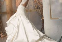 One Day... Wedding Inspirations / by Kendal Speagle