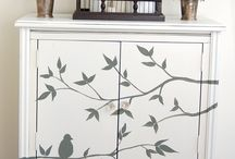 Muebles pintados / by Mary Ruiz