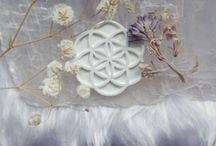 Sacred Geometry / flower of life | metatrons cube | platonic solids