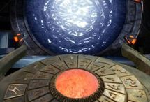 STARGATE SG-1 / Stargate SG-1  (TV Series) (1997–2007) /  Stargate: The Ark of Truth (2008) /  Stargate SG-1: Children of the Gods - Final Cut (2009)