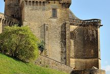Castillos, Castles