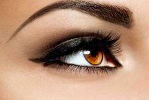 MAKE-UP / Texturas fundentes, colores rompedores, maquillajes tratantes, labiales extrabrillantes... todo está dispuesto para un look total