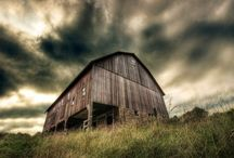 I love Old Barns and Buildings ♥