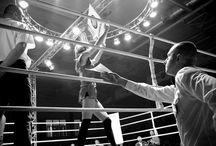 Rękawica rzucona / 18 października 2014 r. w Oleśnicy na Dolnym Śląsku odbyła się XI Międzynarodowa Gala Boksu. Na ringu stoczonych zostało osiem pojedynków. Walczyli ze sobą zawodnicy z Polski, Kazachstanu, Niemiec i Ukrainy – nie tylko mężczyźni ale również kobiety