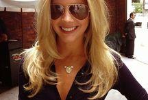 Hot Women Wearing Sunglasses