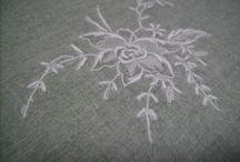 Вышивка на шёлке