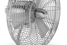 Charly the fan by Stadler Form / - Moves up to 2'400 m³ - 6'000 m³ air per hour - Oscillating mode - Easy cleaning of fan blades