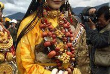 Tibetan costume and fashion