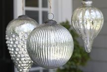 outside decor - holidays / by Michele Dye-Thompson-Yates