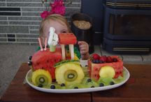 Tractor fresh fruit cake / Tractor fruit cake
