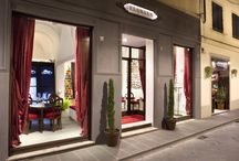 Florian Florence: coffee, restaurant and contemporary art / The great creative spirit of Caffè Florian arrives in Florence: a confortable coffee shop and a refined restaurant sourrounded by Florian's contemporary art collection.