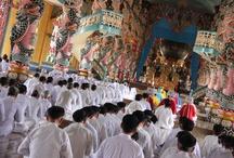Cao Dai / El Templo Cao Dai en la provincia de Tay Ninh (Vietnam).