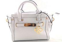 Delicadeza Femme. / É um painel referente a bolsas e  necessaires  , produtos de qualidade  e de grandes marcas , para mulher  moderna  e atualizada com  moda .