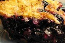Pies / by Hanna Priceawitz