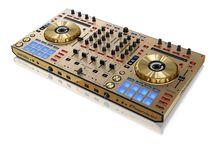 DJ (Digital)
