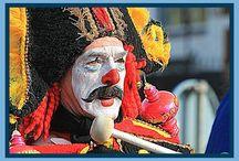 Carnaval in Gulpen-Wittem / Carnaval wordt volgens de traditie gevierd op de drie dagen voor Aswoensdag. Op een zondag, maandag en dinsdag dus. Tegenwoordig barst het feest vaak al vanaf 11 november los. Carnaval of Vastelaoves wordt ieder jaar op carnavalsdinsdag op de sfeervolle Markt in Gulpen met een spetterend feest afgesloten tijdens de 'Groeëte Gulpener Vastelaoves Finale'.