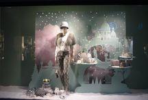 Showroom/Looking Glass Dekor