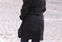 Willa James (Willa Holland)
