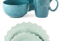 Ceramics: Impressed/Relief/Incised / by Nichola Pitt