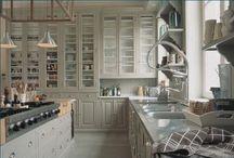 Kitchens / by Lori Cropp