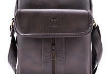 Túi đeo chéo Strap của thương hiệu Lee&Tee