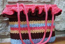 Crochet > Bags / by Lisa Gane