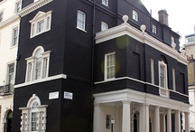 Black House / Houses & Interior