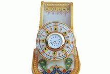 Designer & Decorative Wall Clocks Table Clocks / Explore large collection of designer wall clocks, unique and pendulum wall clocks, decorative clocks made of Marble, Wood and Metal.