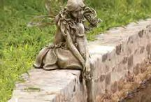 Garden Statues / Decorate your garden with statues. St. Francis Garden Statues, Fountains, Bird Baths and Religious Statues. #gardening #homedecor #gardendecor