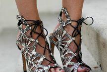 shoes O shoes